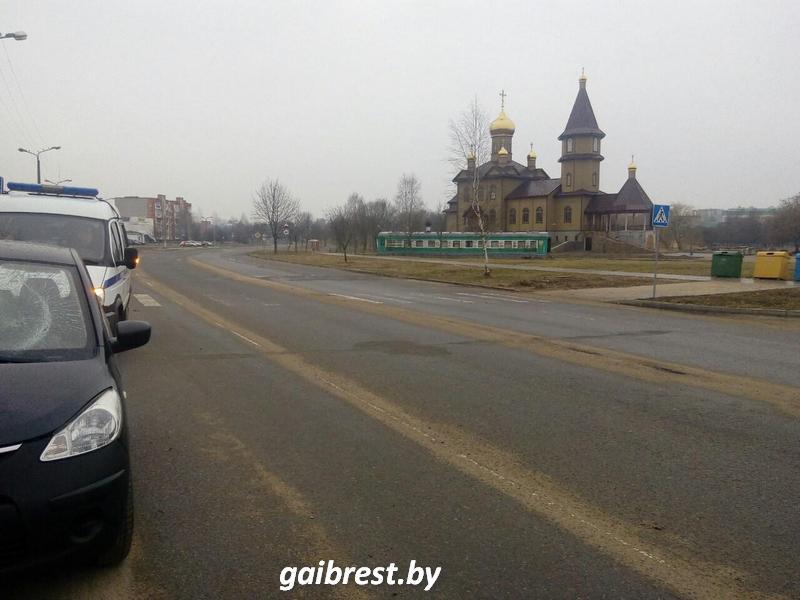 ДТП на ул. Жукова в Барановичах. Фото: gaibrest.by