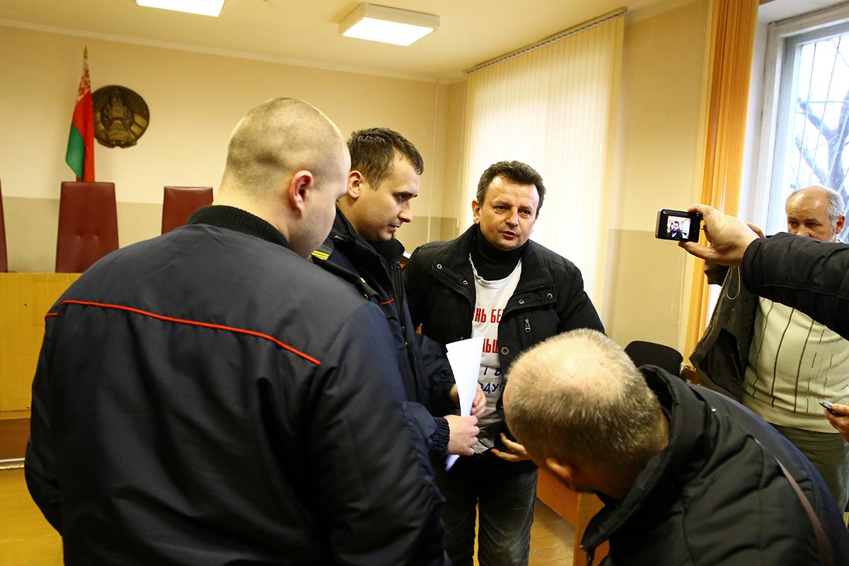 Григория Грыка арестовали сразу после судебного заседания.