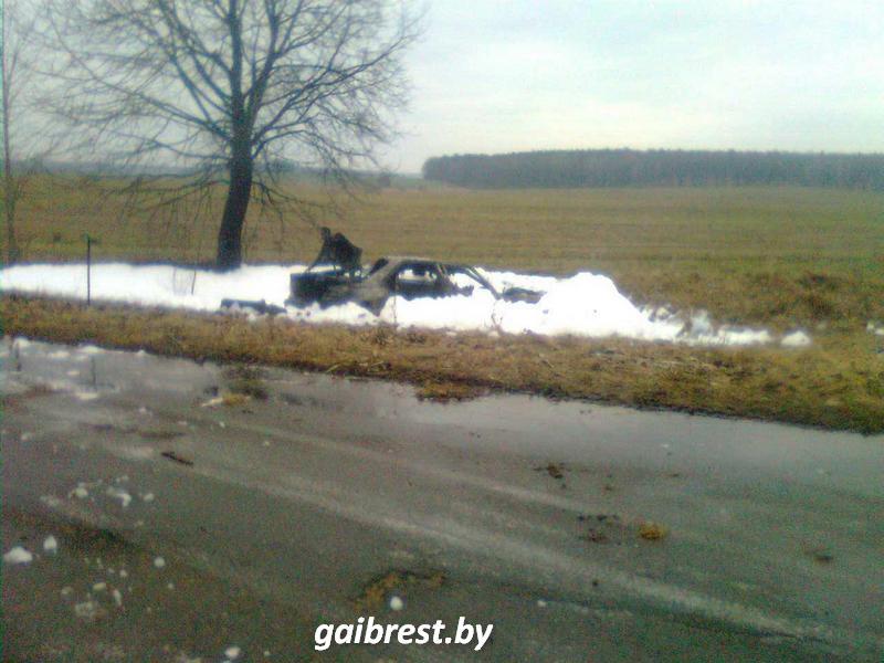 ВБарановичском районе БМВ оказался вкювете, перевернулся изагорелся