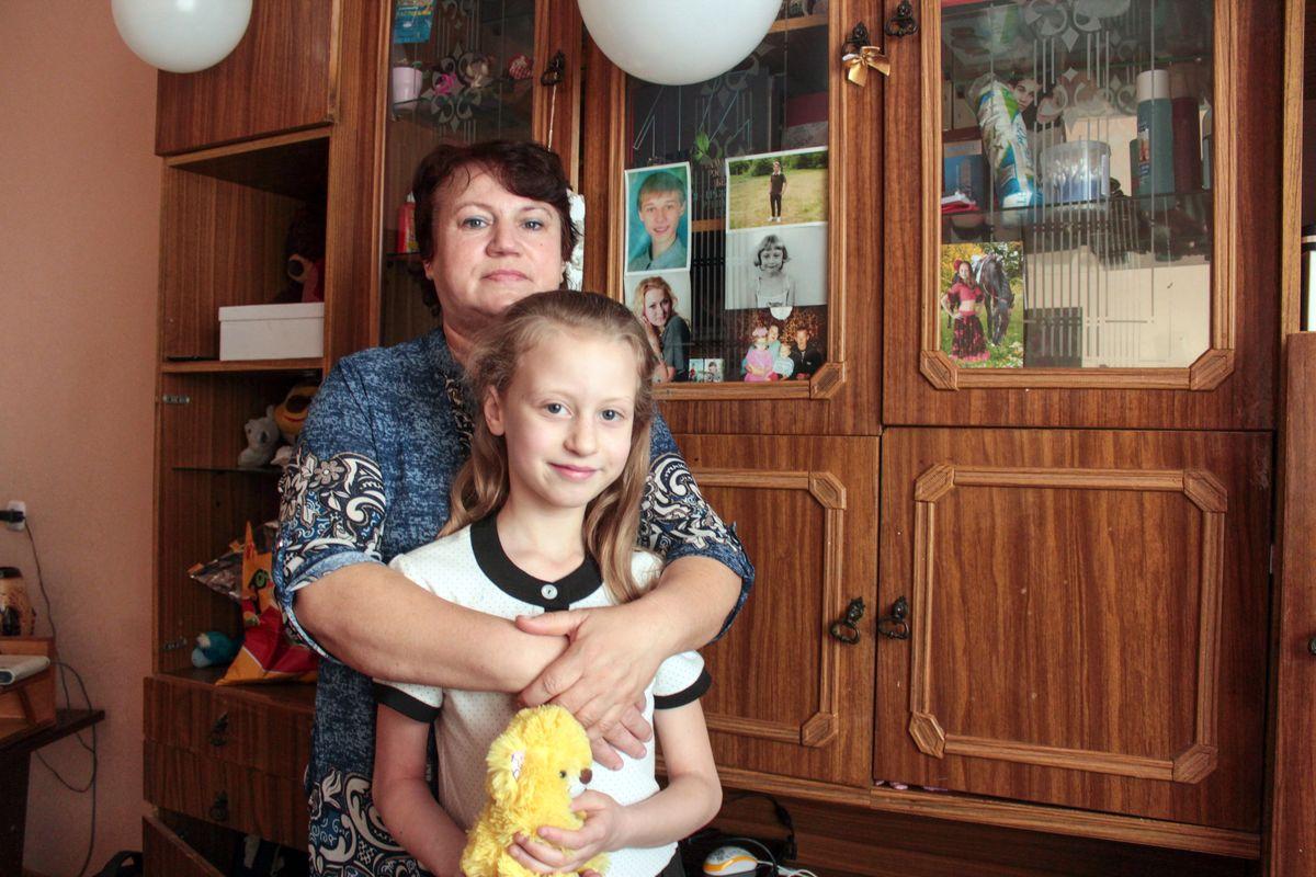 Галина Кислая с дочкой Алесей. Фото: Юрий ПИВОВАРЧИК