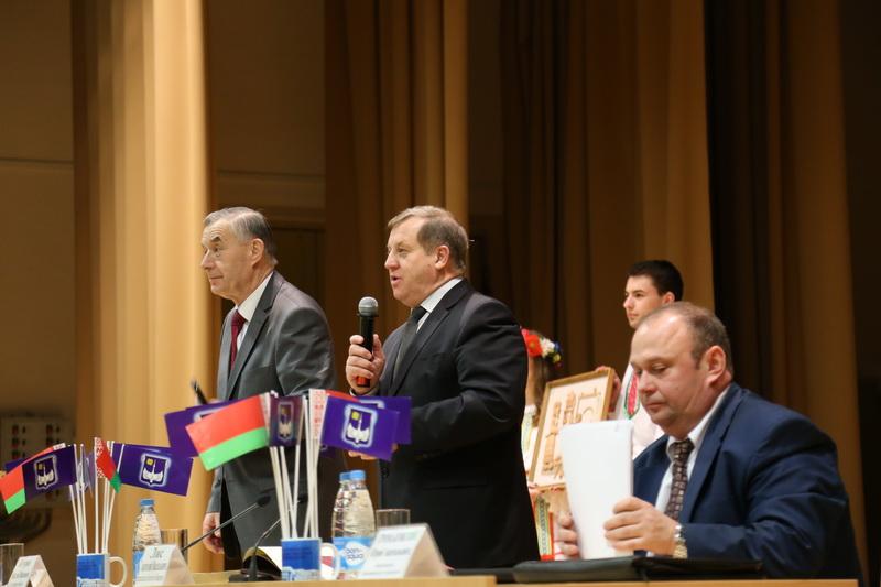 Анатолий Лис на встрече со студентами и преподавателями БарГУ 16 марта. Фото: Александр КОРОБ