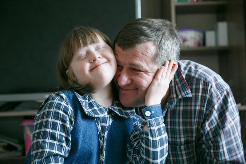 Александр Кириенко с 11-летней  дочкой Лерой. Фото: Александр КОРОБ
