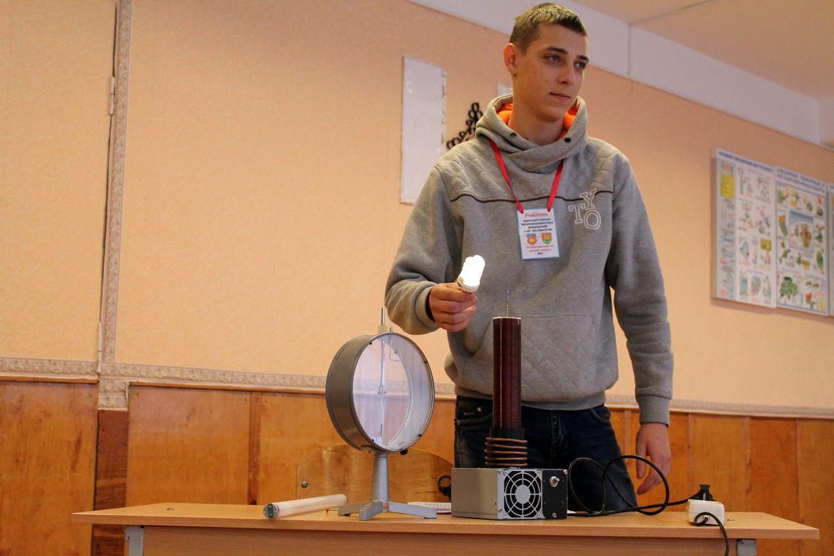 Алексей Говорушко представляет высоковольтный выпрямитель
