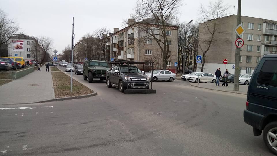 Авто с необычными конструкциями. Фото: Кася Далідовіч