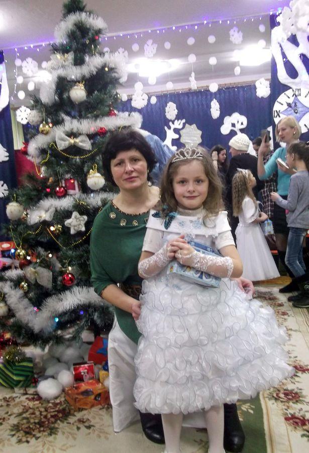 Валентина Лешик с дочкой Василисой. Фото: архив семьи ЛЕШИК