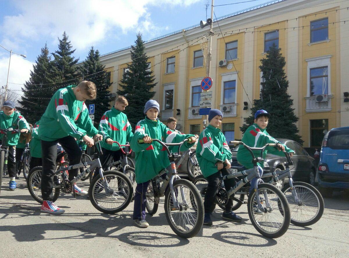 Воспитанники СДЮШОР единоборств и велоспорта