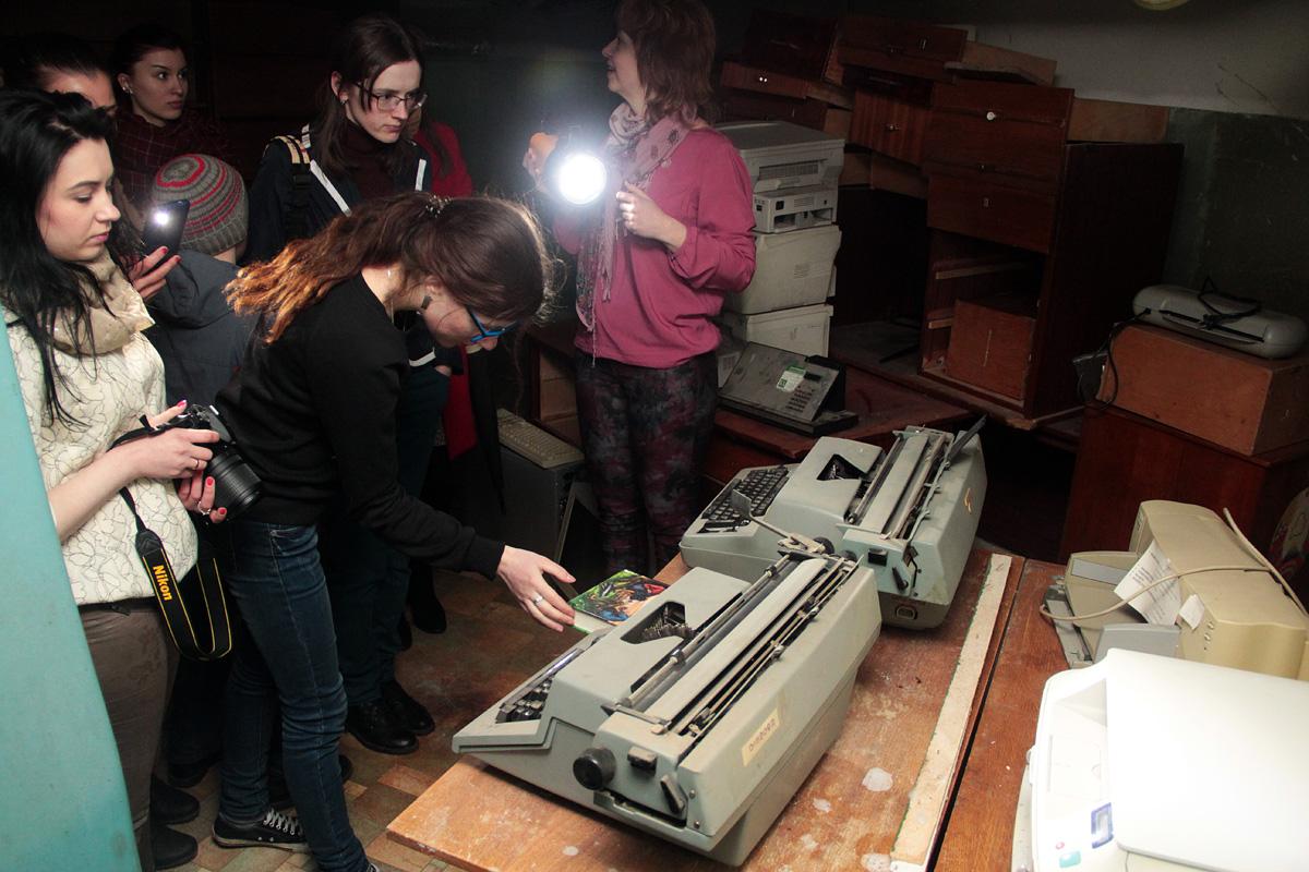 Старинные печатные машинки.