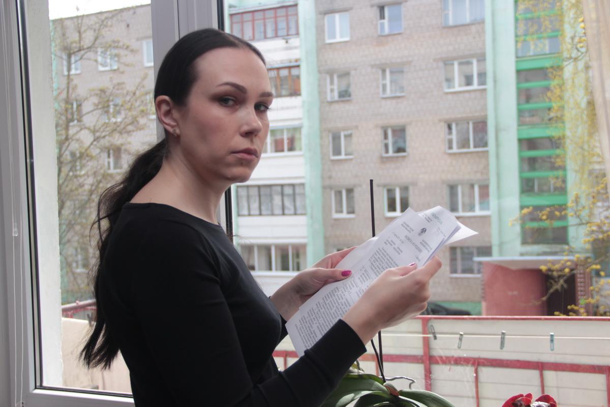 За три с лишним месяца Людмила Стецко написала в различные инстанции огромное количество писем. Фото: Юрий ПИВОВАРЧИК