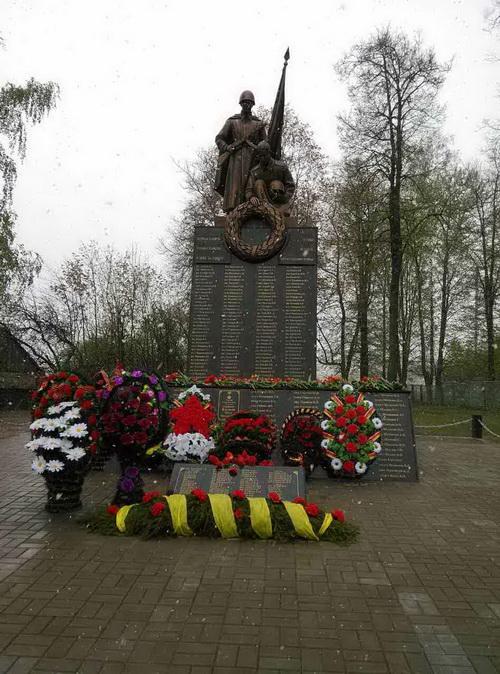 Так памятник выглядит после реставрации. Фото: Александр КУЗЬМИЧ