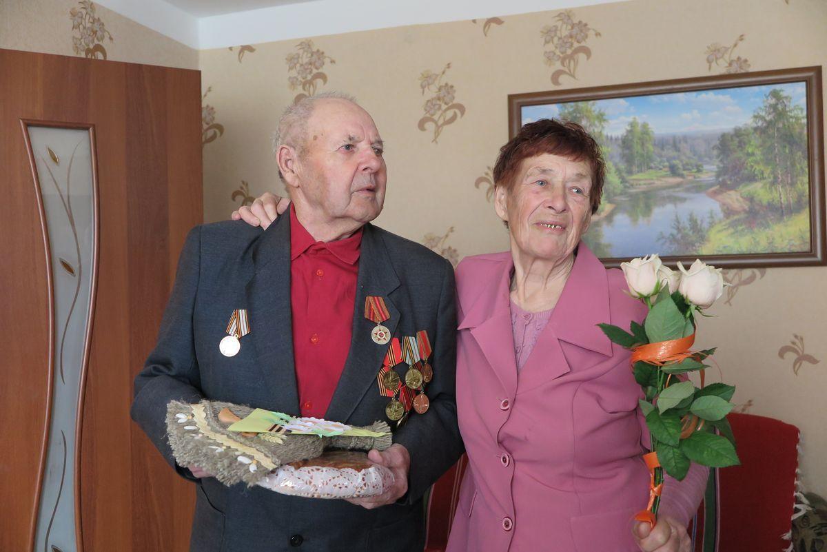 Виктор Григорьевич Явлаш с женой Марией Павловной.
