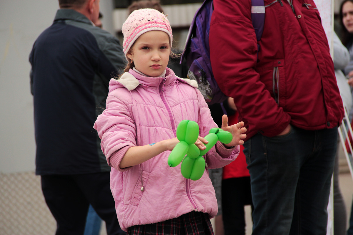Для самых маленьких участников мероприятия были приготовлены подарки из воздушных шариков.