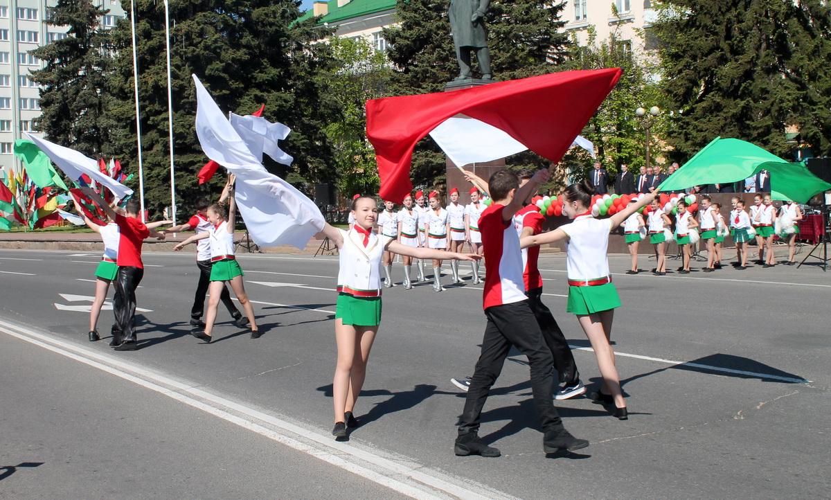 Народны аматарскі калектыў Рэспублікі Беларусь ансамбль мажарэтак «Холідэй» ГДК.