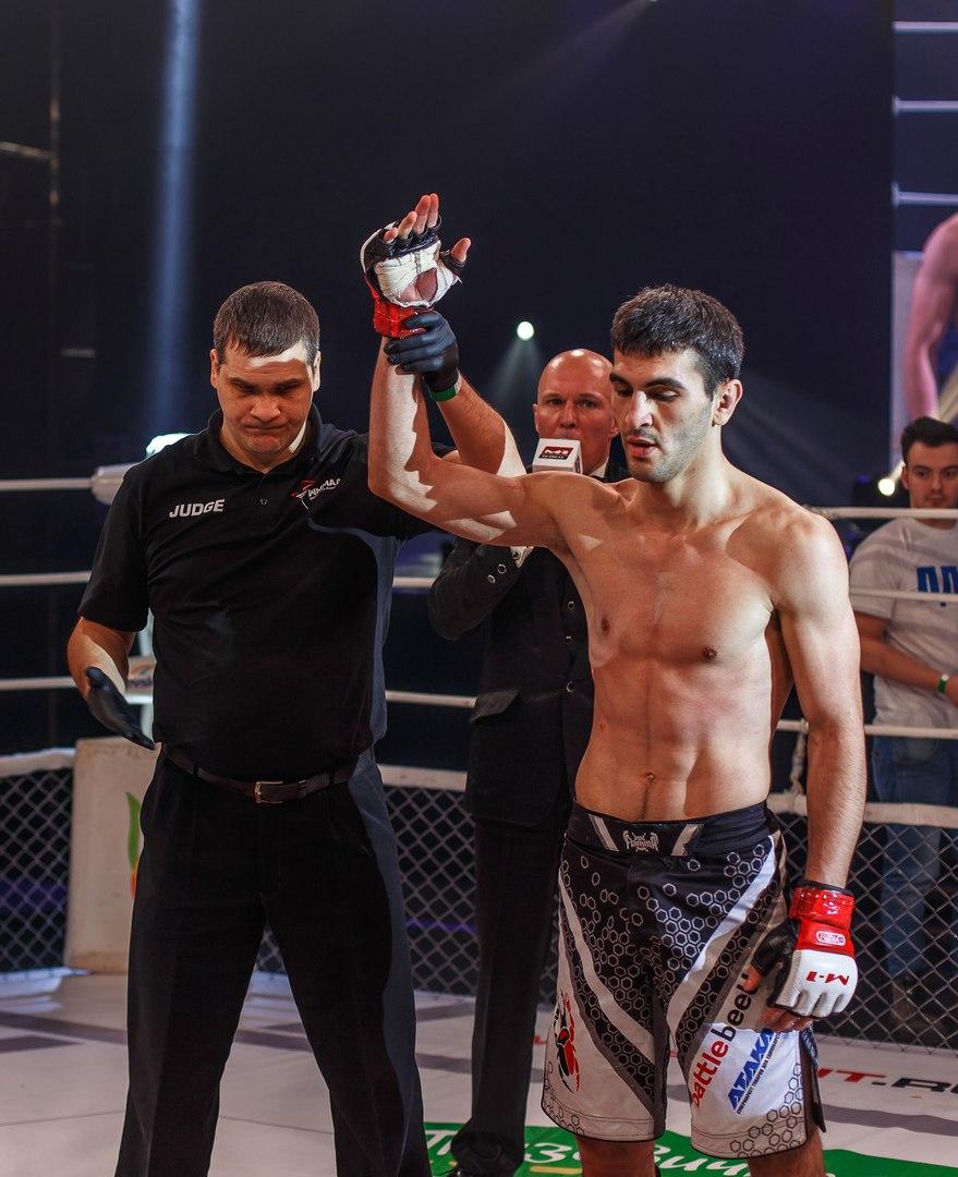 Таймураз Гуриев (Россия) - соперник нашего спортсмена после одного из предыдущих боев.