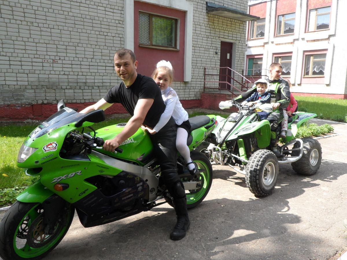 Байкеры из Ляховичского общества мотоциклистов.