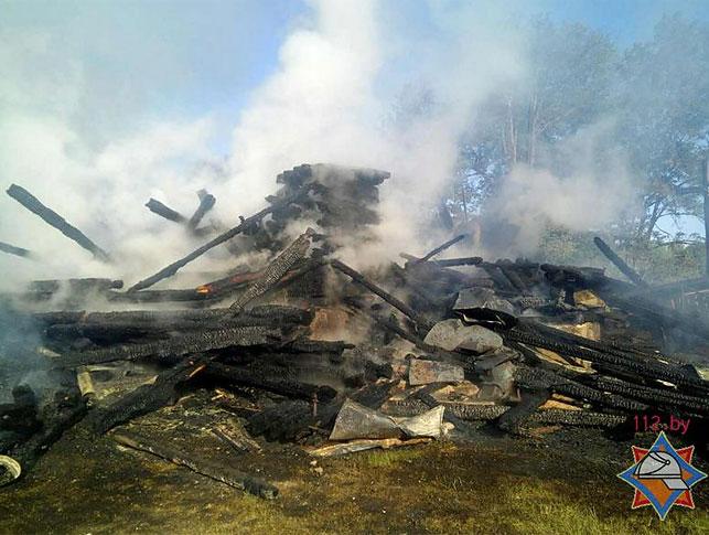 Сгоревший храм. Фото:  МЧС