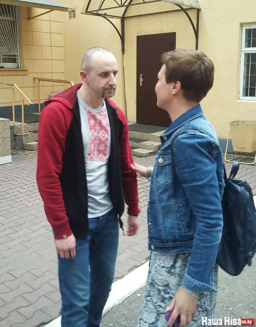 """Продавец книг Алесь Евдахо. Фото: """"Наша Нiва"""""""