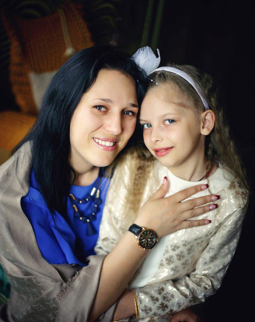 Оксана Дайко с дочерью Валерией. Фото: личный архив