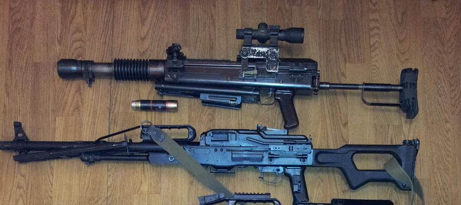 Штурмовой гранатомет рядом с пулеметом «Печенег». Фото: «Белспецвнештехника»