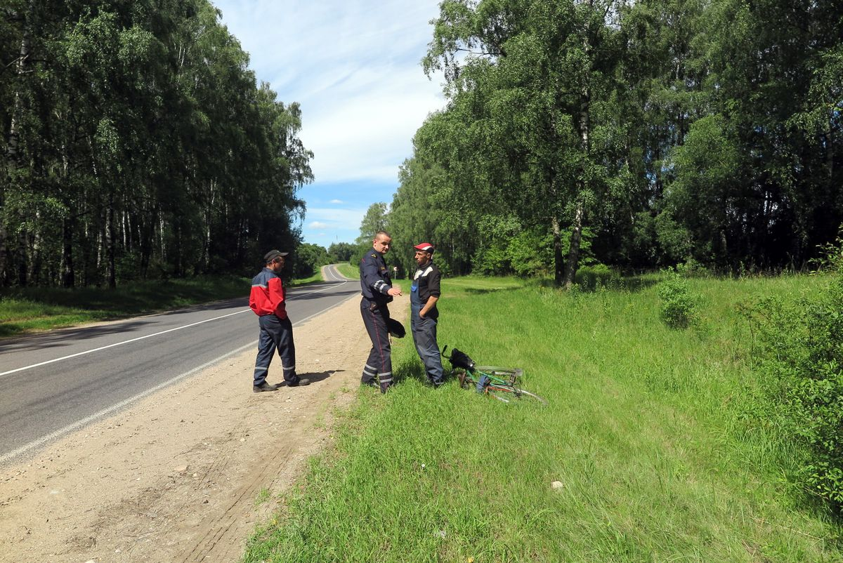 Андрей Севрюк остановил нетрезвых велосипедистов.