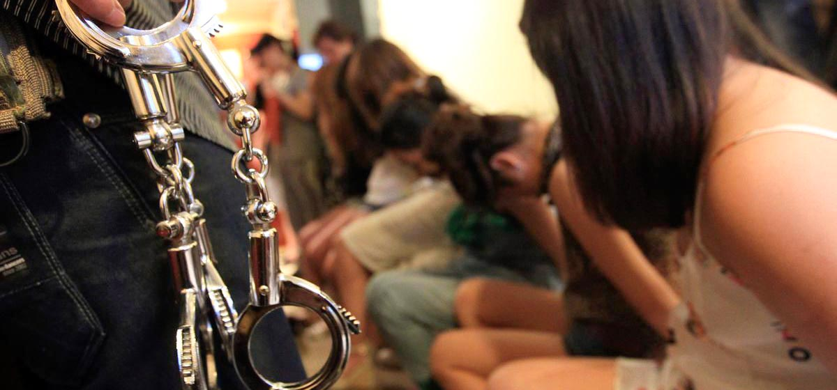 Жена в сексуальном рабстве