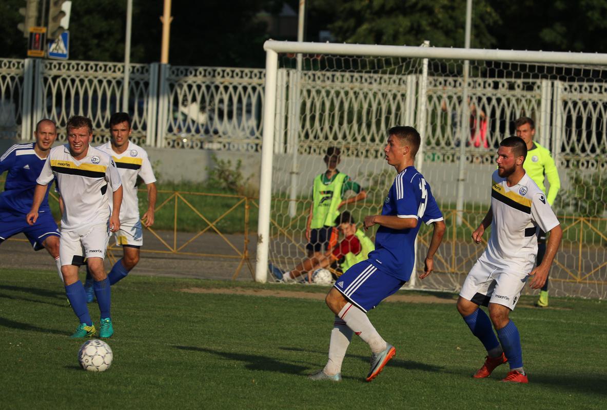 17-летний дебютант ФК Илья Василевич (№15) – игрок юниорской сборной РБ.