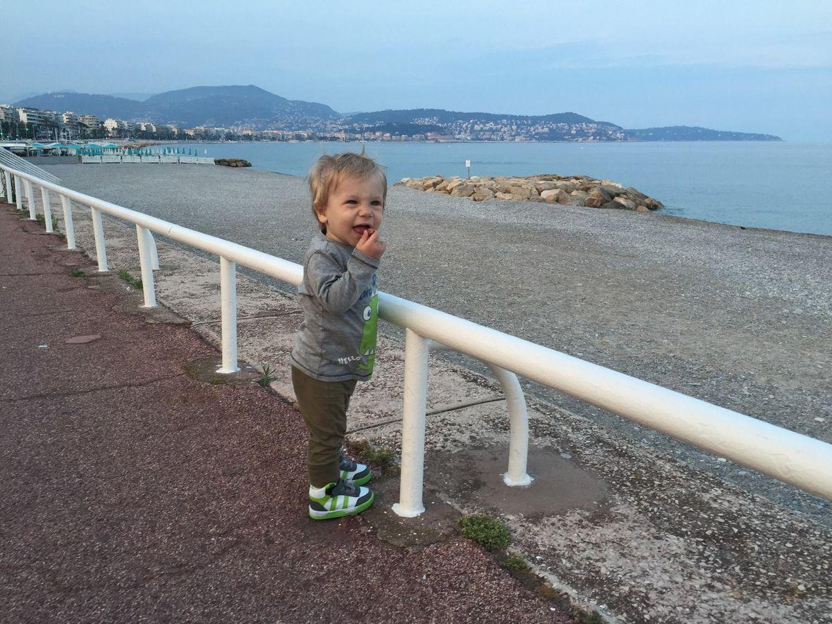 Эдгар, младший сын Юлии Захаренко, в Ницце в 2015 году. Фото: архив Юлии ЗАХАРЕНКО-СТУДЕНИЧНИК