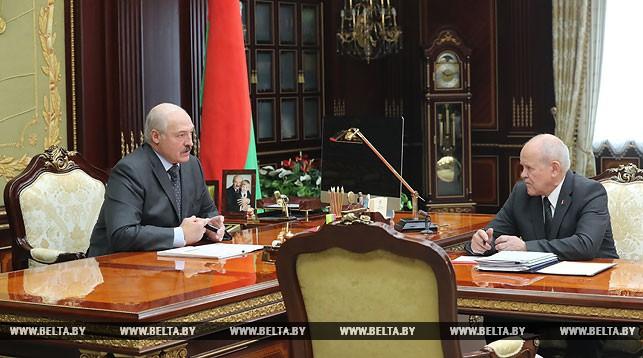 Александр Лукашенко и Леонид Анфимов. Фото: belta.by