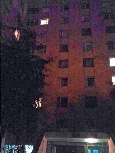 Дом, с которого женщина хотела спрыгнуть вниз. Фото: http://mchs.gov.by