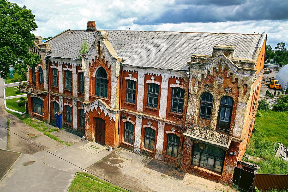 Здание бывшего Дома пионеров. Фото: Евгений ТИХАНОВИЧ
