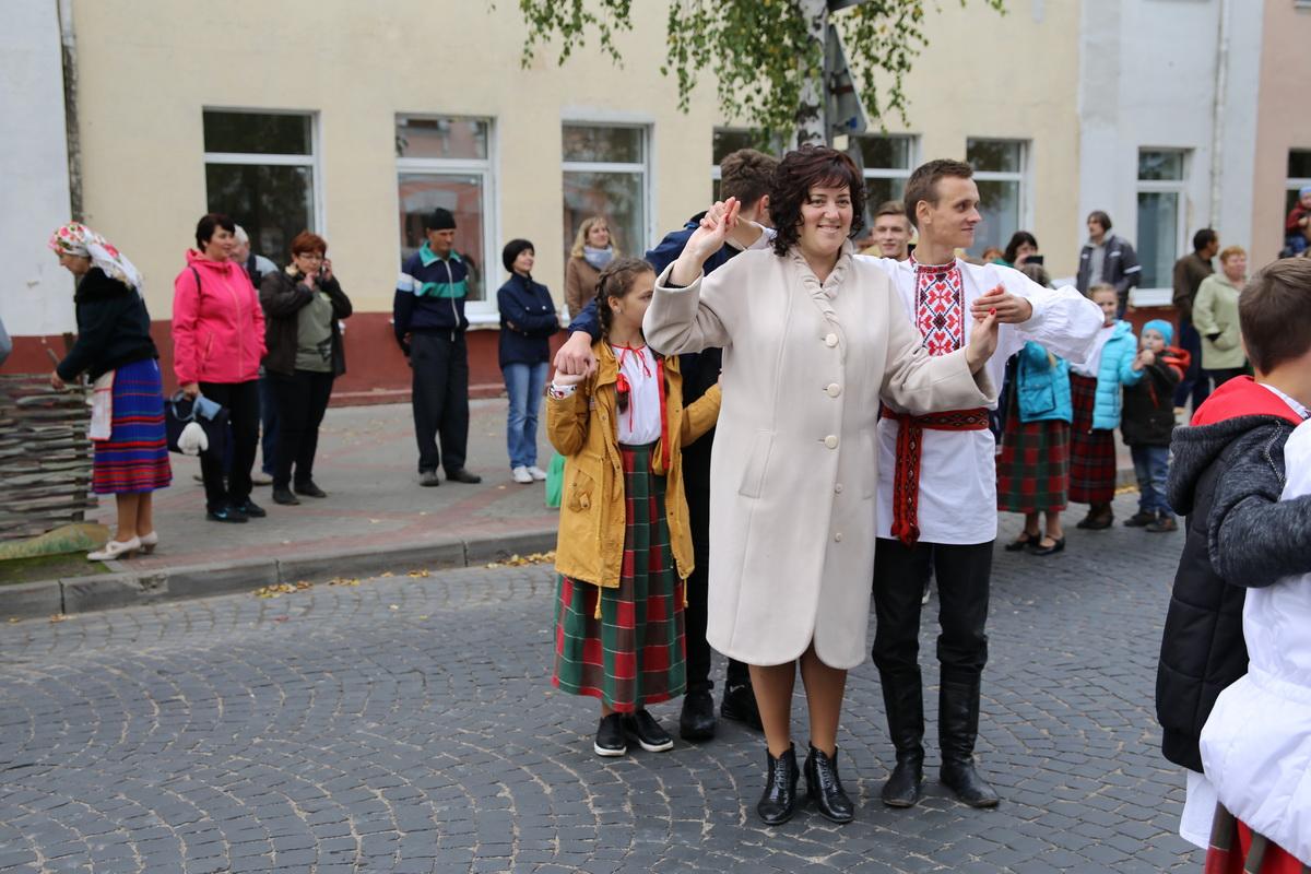 Мастер-класс белорусских народных танцев.