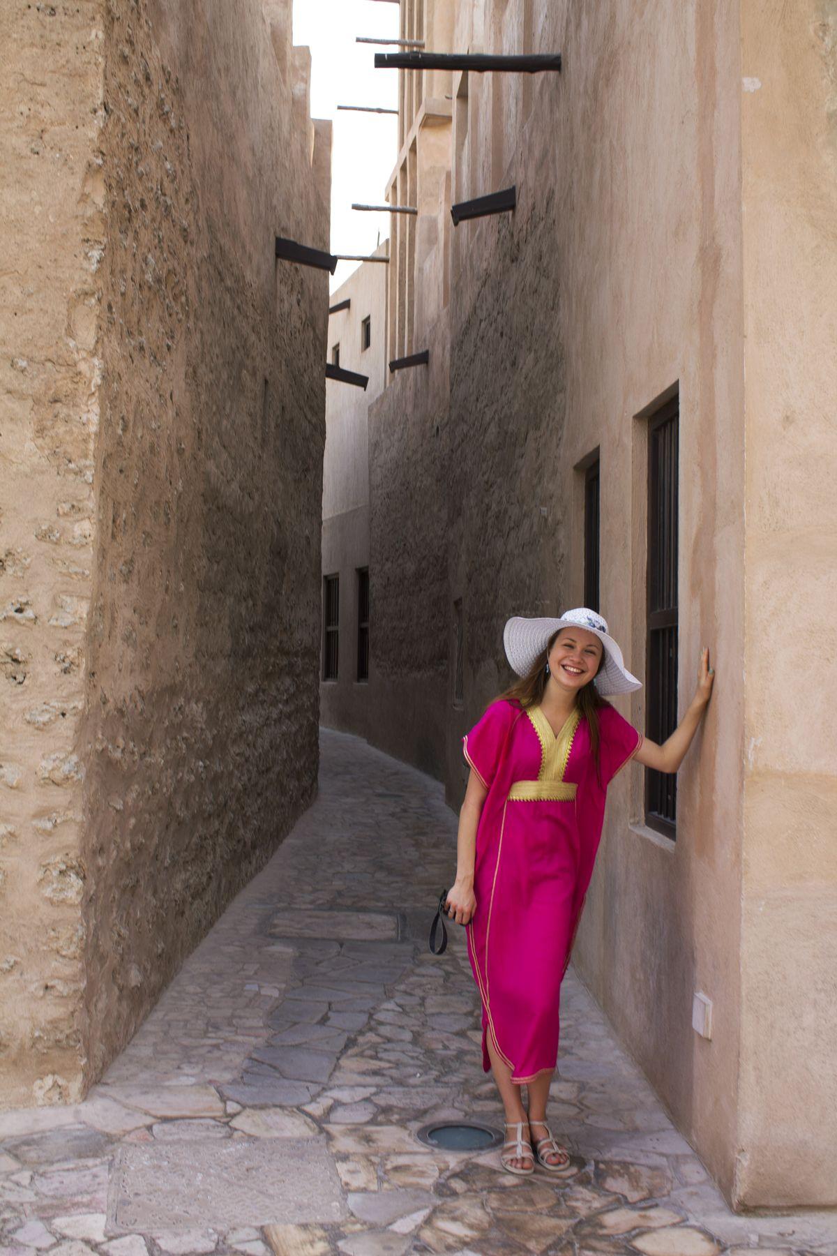 Алена в старом городе в Дубае.