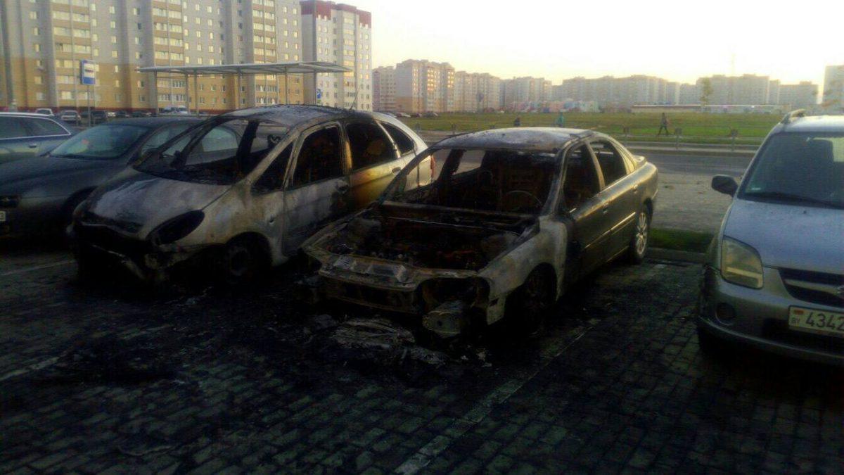 Место возгорания. Фото: Андрей БУРАК, https://vk.com/id36592241