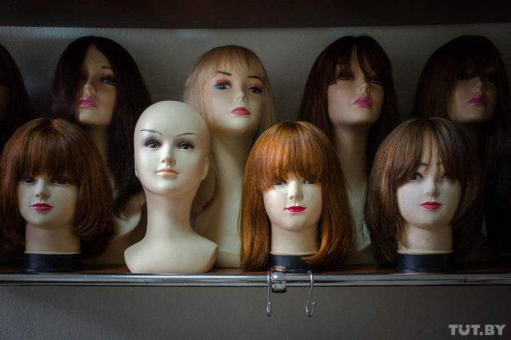 Чаще всего люди приходят сдавать волосы, потому что хотят сменить имидж и устали от своих длинных прядей. Фото: TUT.BY.