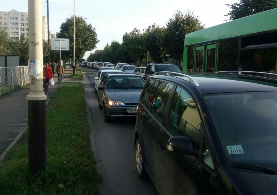 ДТП на улице Советской. Фото: Николай ЧЕРНОУС