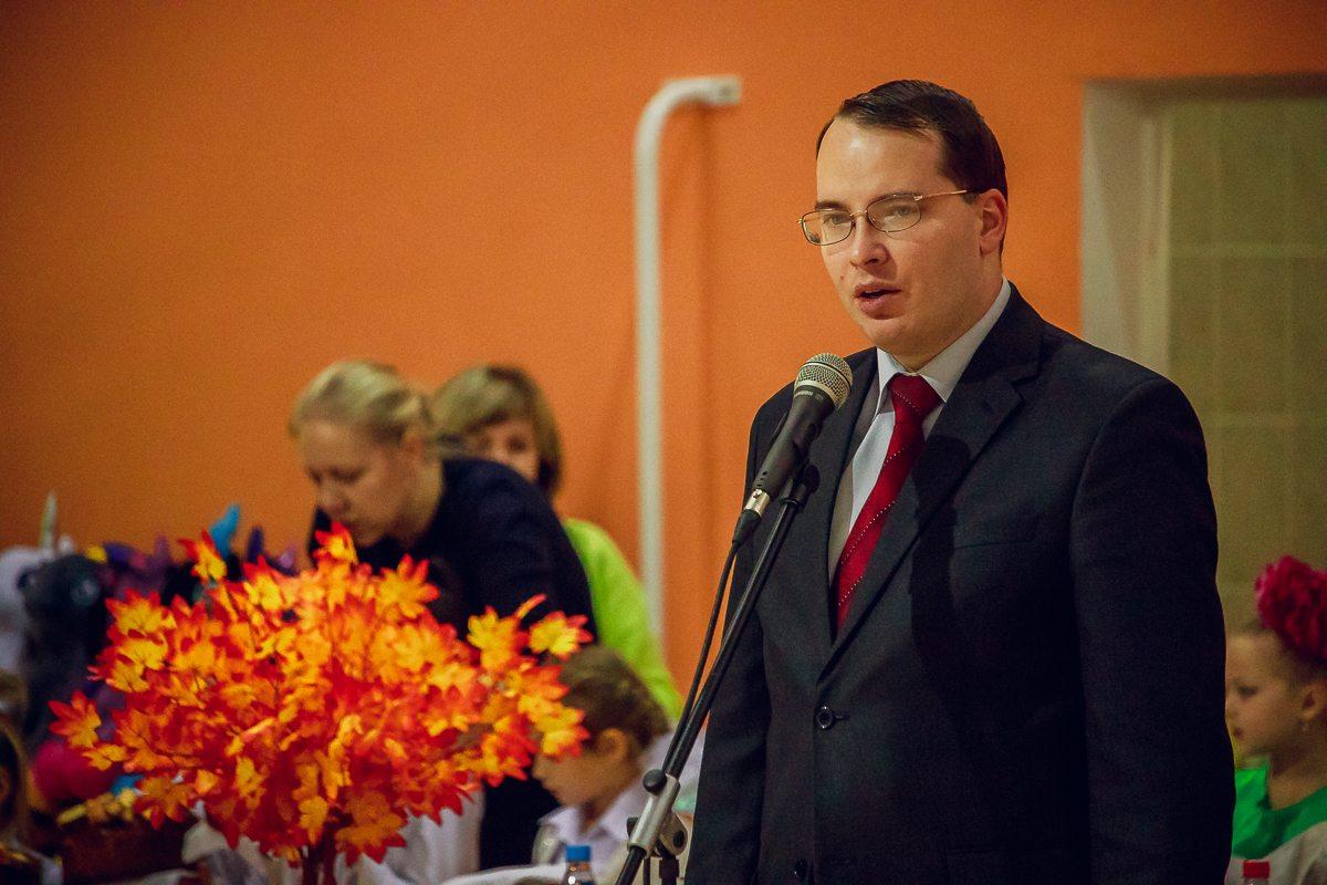 Заместитель председателя Барановичского горисполкома Алексей Гарбуз поприветствовал участниц турнира.