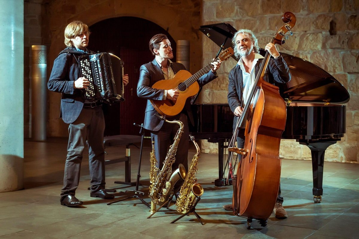 Выступление Trio Laccasax на фестивале Junge Meister der klassik в Дрездене. Тимофей Саттаров, Андрей Лакисов и Бернд Гезель (слева направо).