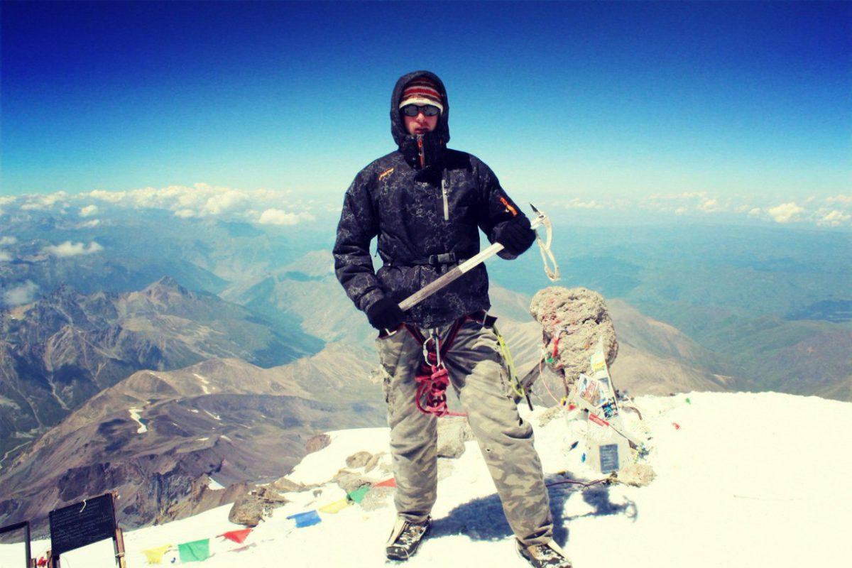 2015 год. Никита Седляр на вершине Эльбруса.