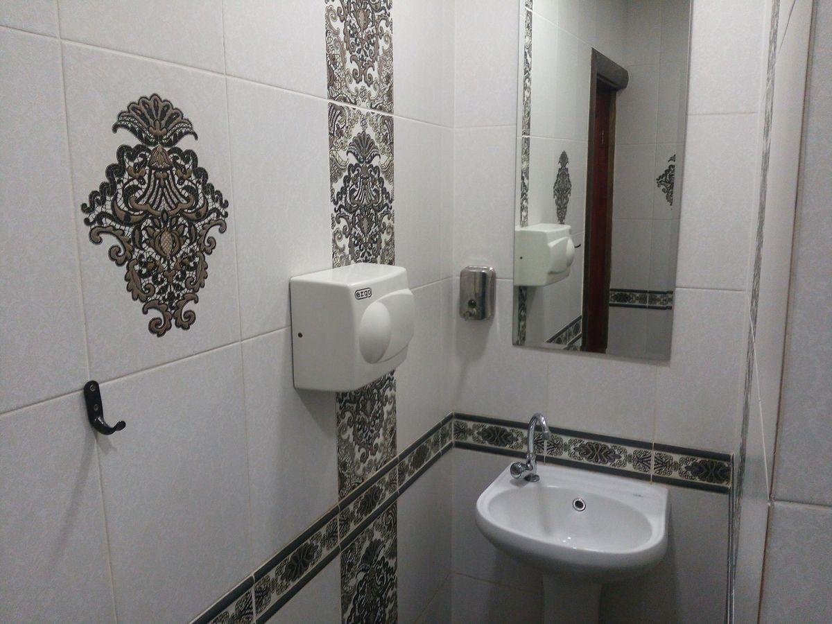 Туалет в баре