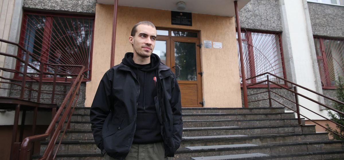 В Барановичах за распространение экстремистских материалов осудили анархистов
