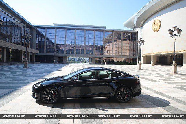 Нам необходимо наладить производство электромобилей— Лукашенко