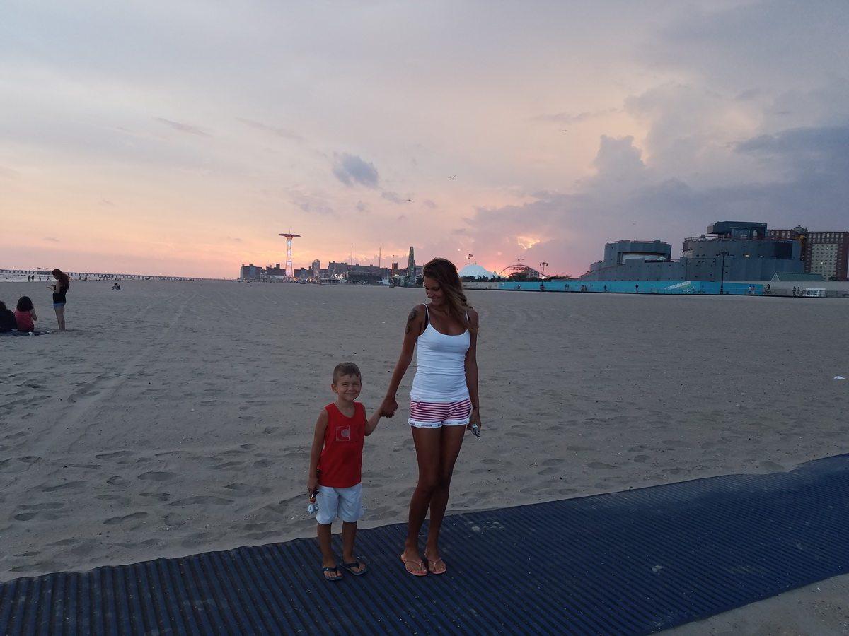 Алла с сыном Андреем.