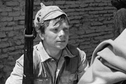 Николай Годовиков. Кадр из фильма «Белое солнце пустыни»