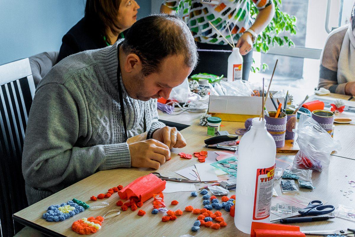 Сергей в процессе работы