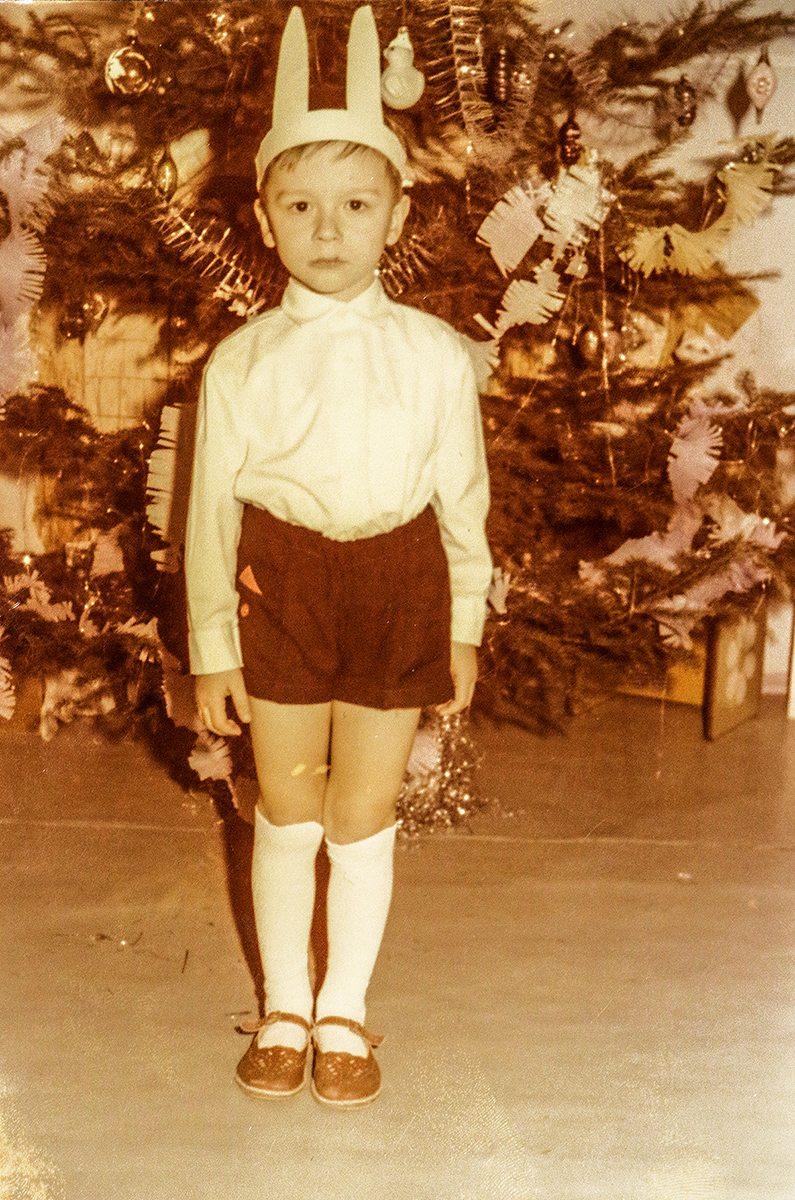 Дима в костюме зайчика. Фото: архив Дмитрия ЛИЗЕВИЧА
