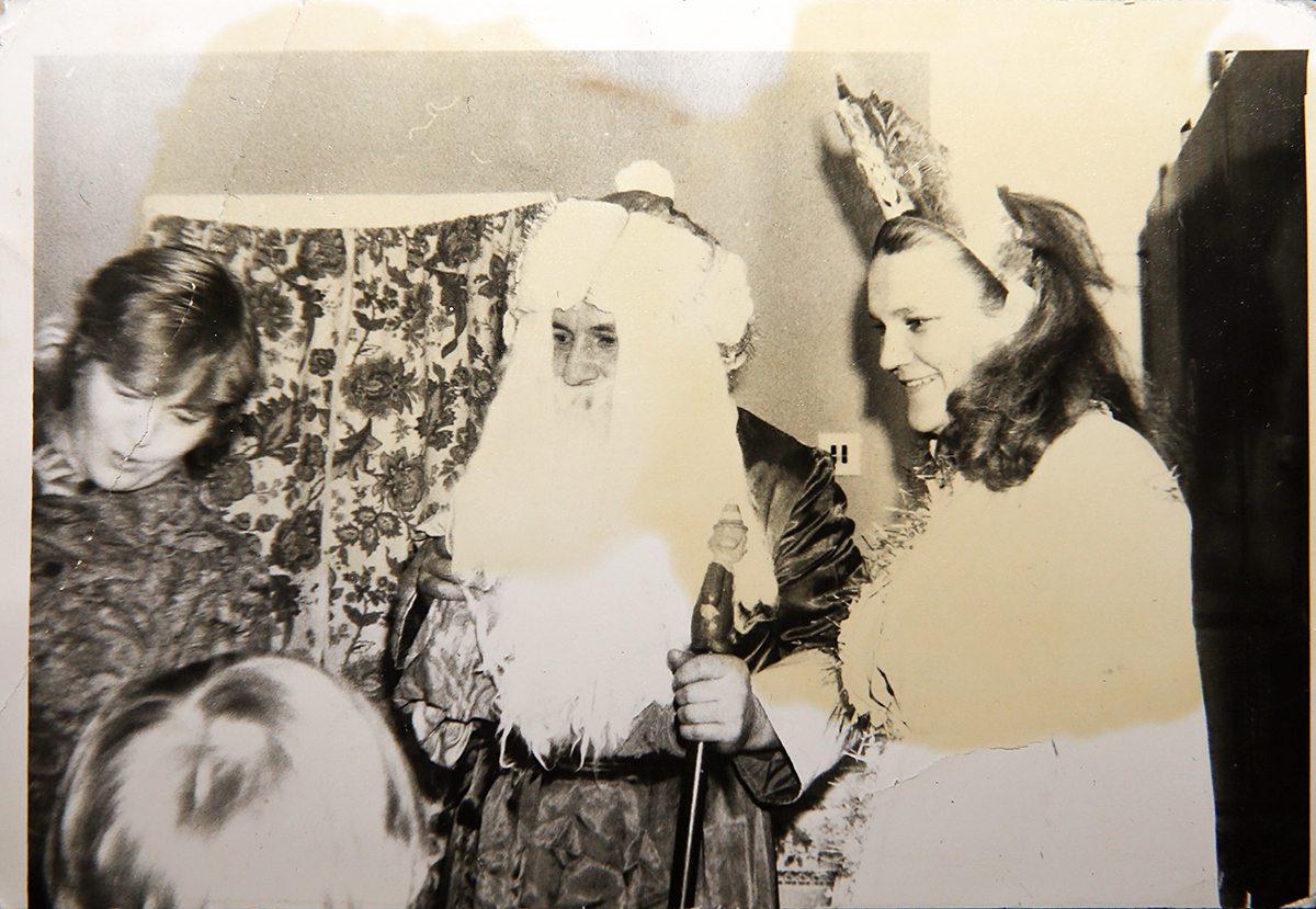 1984 год. В общежитии Торгмаша. Фото: архив семьи ШВЕД