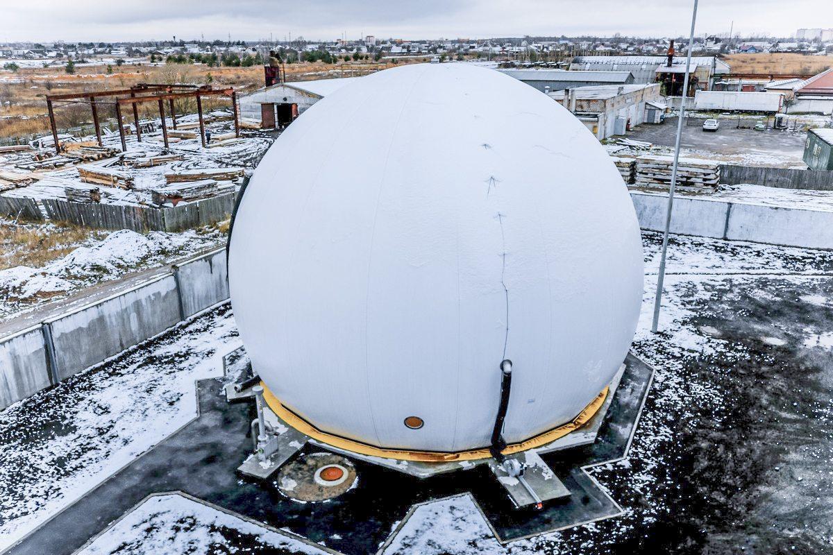 Биогазовый комплекс состоит из нескольких объектов. Один из них – газгольдер, или хранилище биогаза. Фото: Александр ЧЕРНЫЙ
