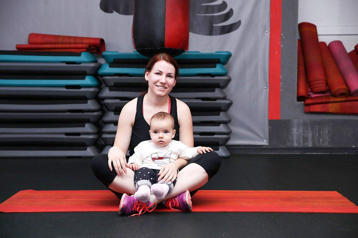Ксения Жихарко с дочерью Лизой.