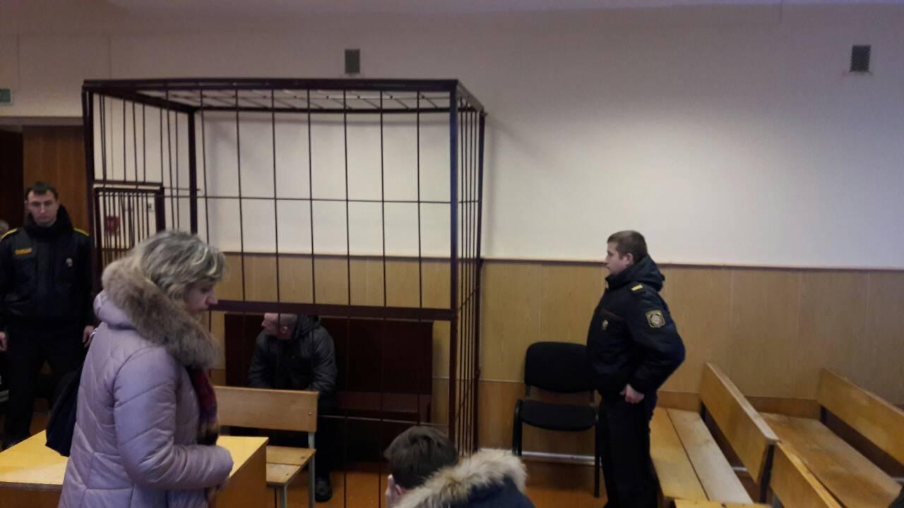 Перед началом заседания суда. Фото: Алена СЕРИКОВА