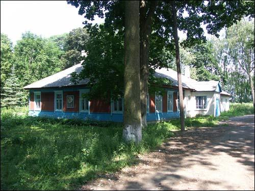 Так выглядел усадебный дом в 2006 году. Фото: К. Шастоўскі, сайт radzima.org