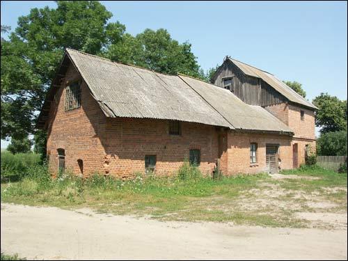 Так мельница в деревне Вошковцы выглядела в 2006 году. Фото: К. Шастоўскі, сайт radzima.org